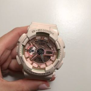 G-Shock pink watch WORKS PERFECT